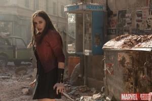 Wanda Maximoff (Elizabeth Olsen)