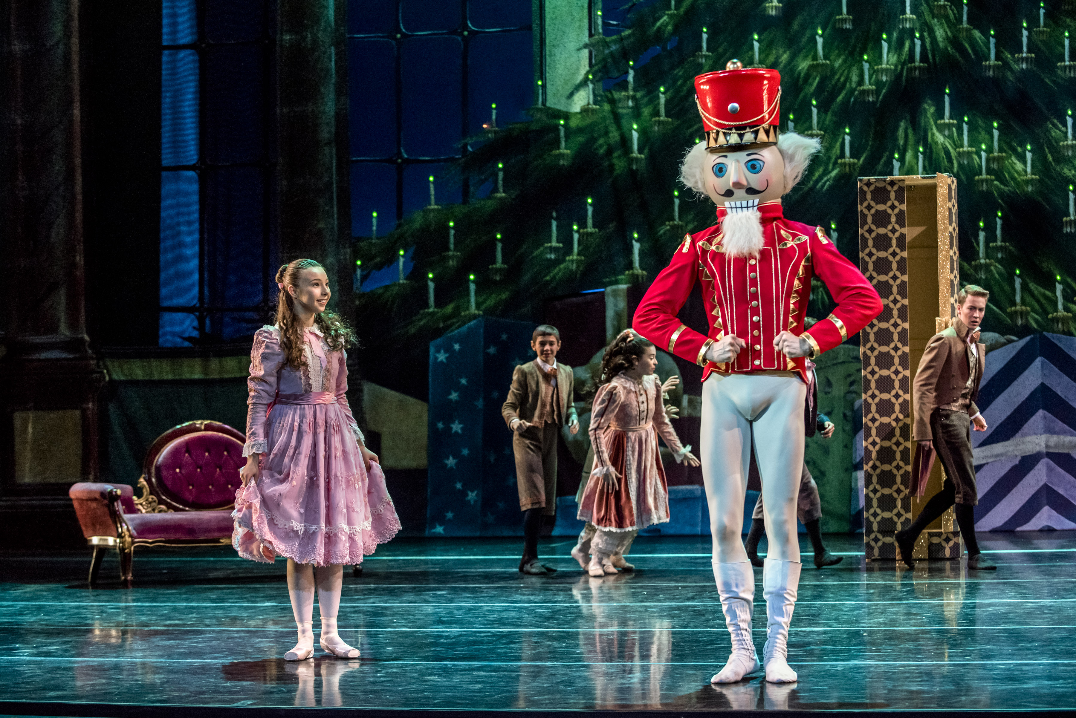A Nutcracker Christmas Cast.Sophia Lucia Talks A Nutcracker Christmas Teenplicity