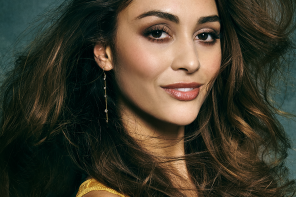 "Lindsey Morgan Teases Season Five of ""The 100″"